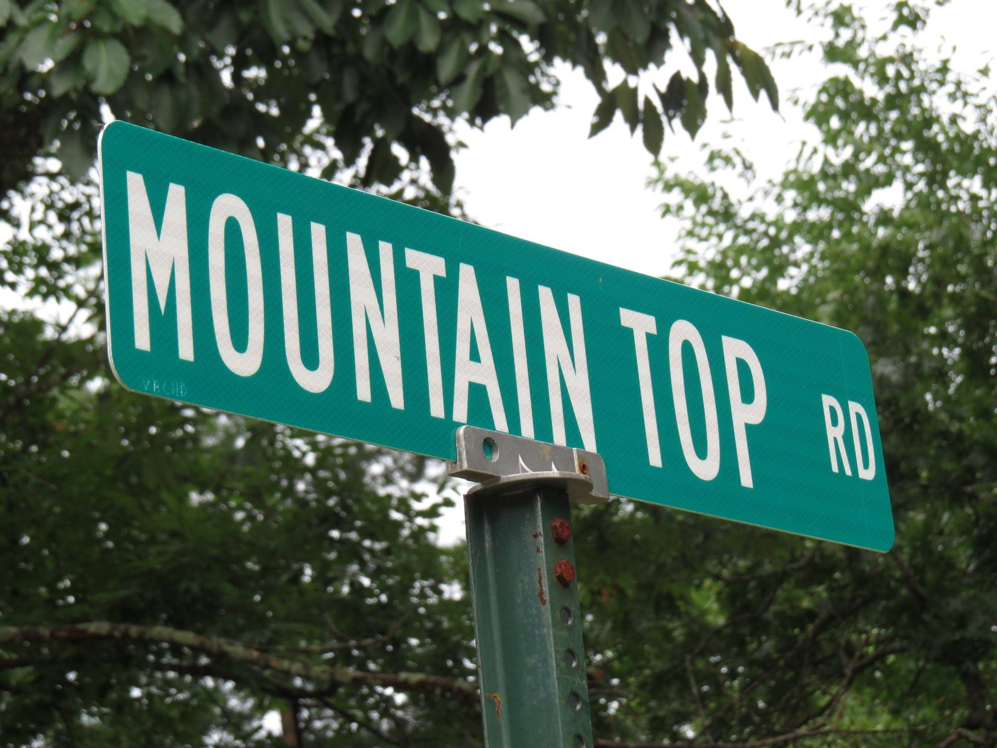Mountain Top street sign